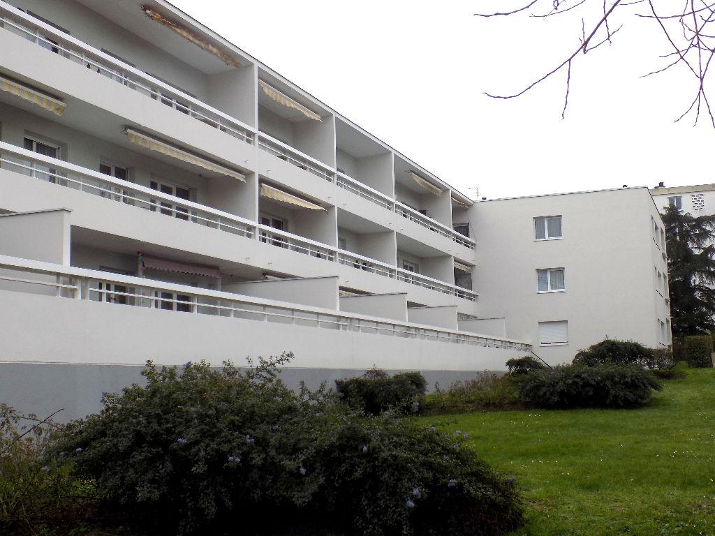 Immobilier reze a vendre vente acheter ach for Garage ad nantes dalby